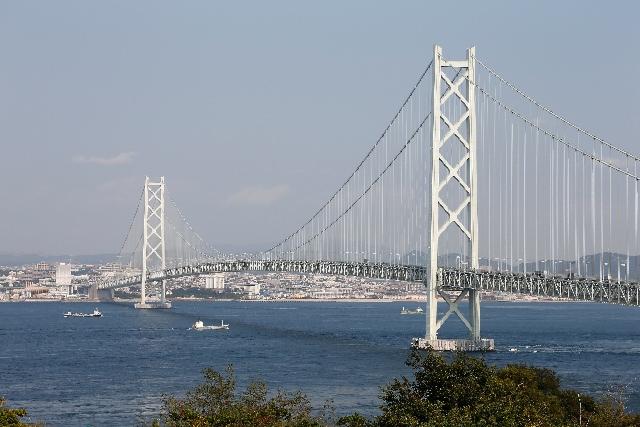7. 金氏世界紀錄認定世界最長的吊橋「明石海峽大橋」