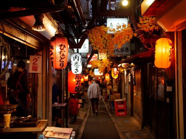 9. 感受到昭和前期的氣氛「新宿西口回憶橫丁」
