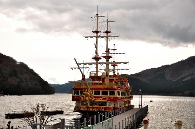 4. 在遊覧船享受美景「箱根芦之湖」