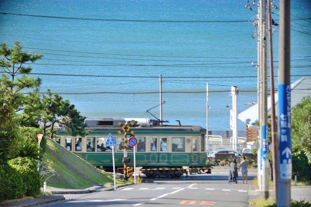 1. 被使用為眾多的日劇拍攝場地的絕色景點「江之電鎌倉高校前駅」