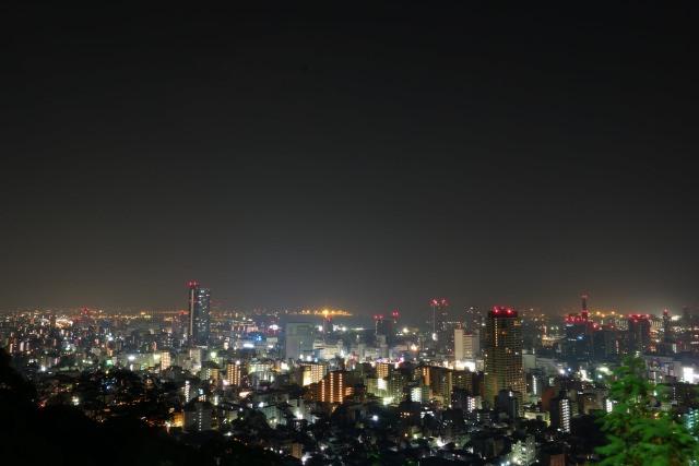 9. 從神戶中心部方便抵達的夜景景點!「維納斯橋」