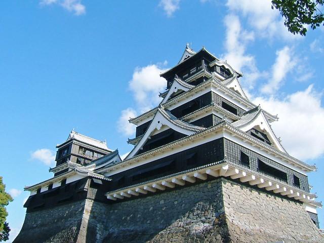 1. 完全修復要等20年。說到熊本的地標便會想到的「熊本城」