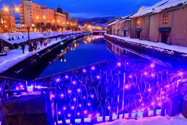 2. 反射於運河水面上的燈光非常夢幻「小樽運河」