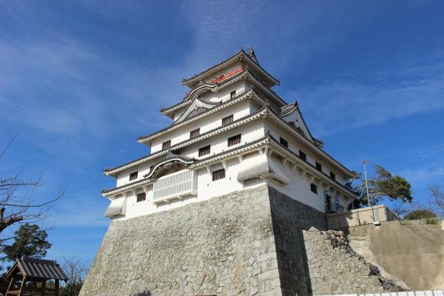 8. 能一望佐賀的名所!擁有400年歷史的「唐津城」