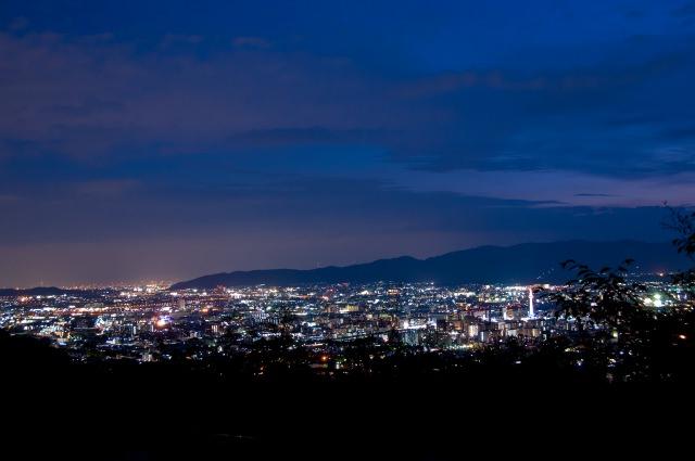 1. 想在京都看夜景的話首先就來此地吧!「將軍塚青龍殿」