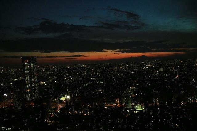 3. 從日本的中心一望東京!享受新宿的夜景!「東京都廳 展望台」