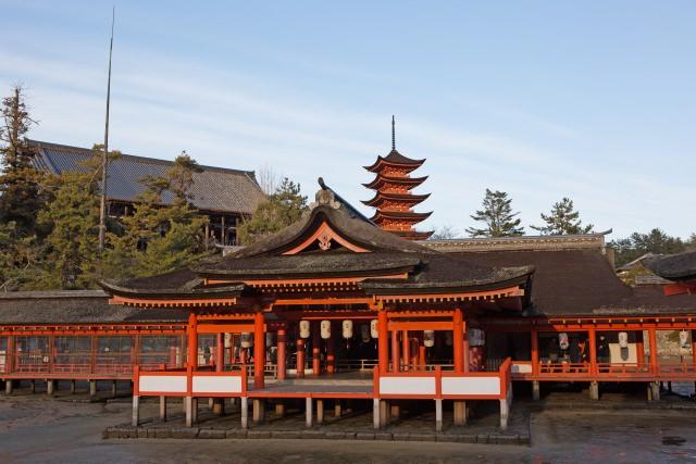 1. 宛如異世界!被海上神殿魅惑吧! 廣島最具代表性的旅遊景點「嚴島神社」