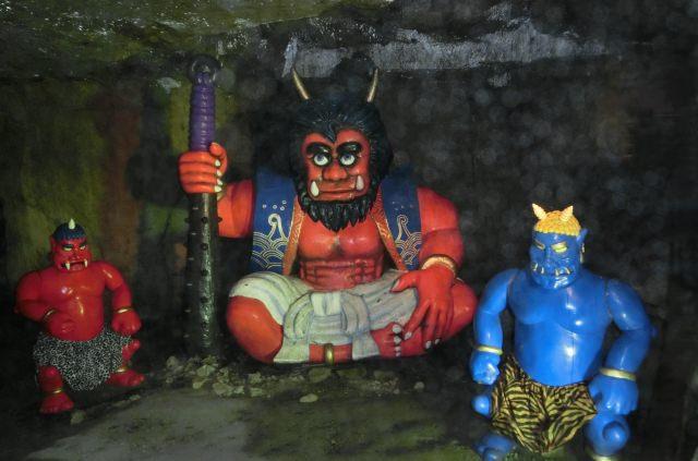 2. 前往香川縣密境冒險。「鬼島大洞窟」