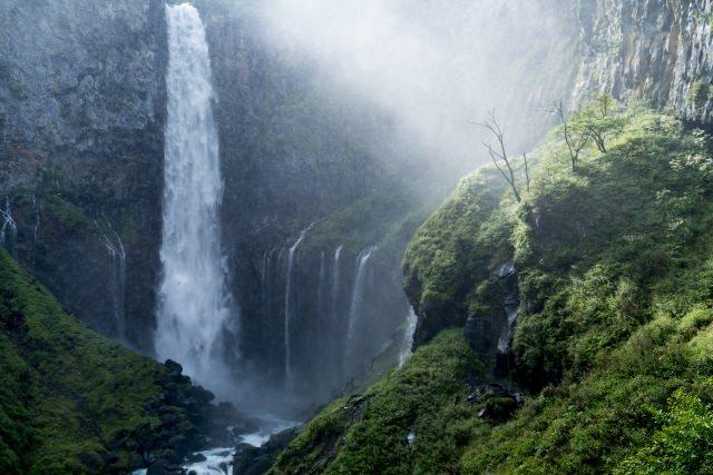 2. 栃木縣值得自誇的觀光名勝,壓倒性的存在感「華嚴瀑布」