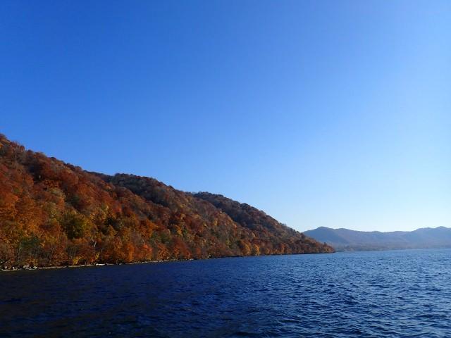 5. 在青森相遇的絕景!宛如畫作般的賞楓景點「十和田湖」