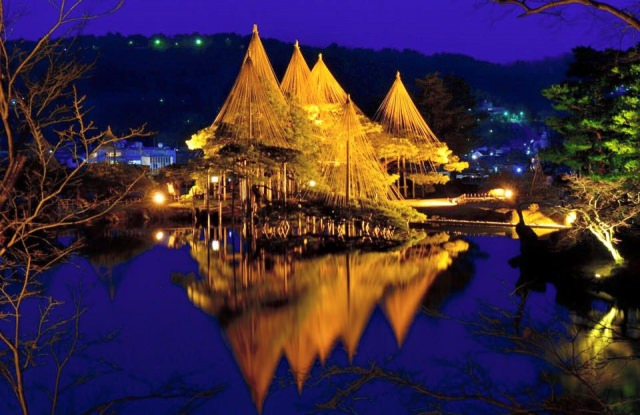 1. 日本三大名園之一在金澤必看的觀光景點「兼六園」