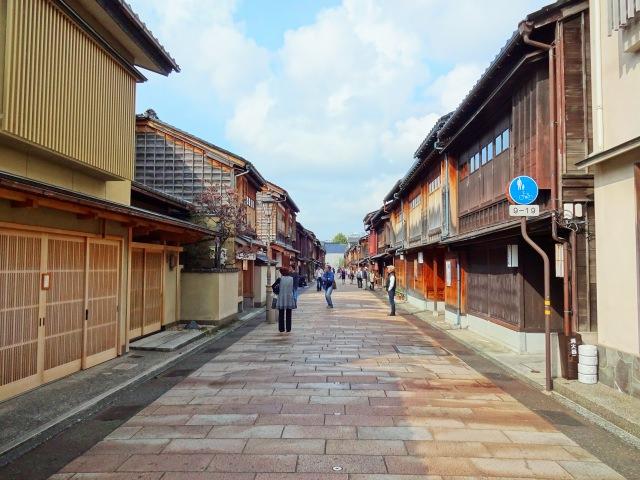 6. 在金澤的茶屋街之中最高級觀光絕對要來的「東茶屋街」