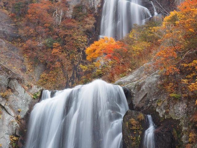 7. 【秋田縣】堪稱絕景。在東北眺望瀑布吧!「安之瀑布」
