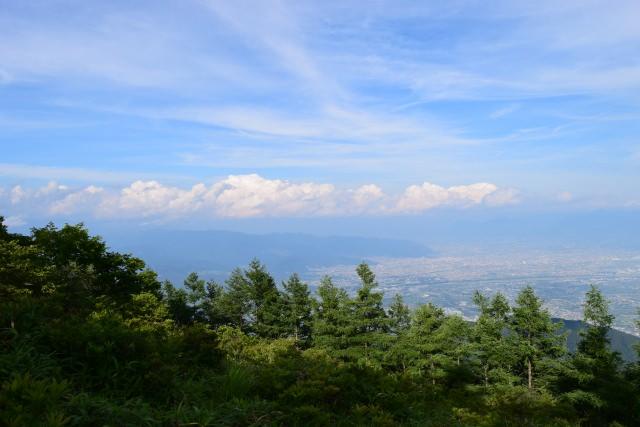 4. 能感受到山梨所自豪的雄偉大自然的景點!「甘利山」