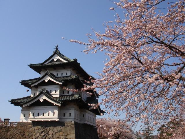 1. 保持著江戸時代姿態的名城。「弘前城」